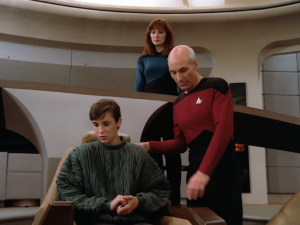 Come on, don't tell me you don't want to sit in the Captain's chair too!!